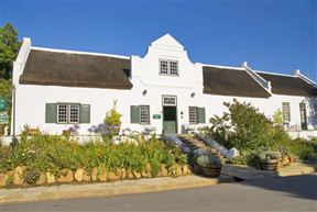 Tulbagh Country Guest House - Cape Dutch Quarters - SPID:968399